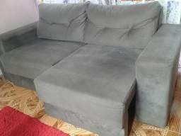 Vendo um sofá cama seme novo o enteresado é so liga 999403600