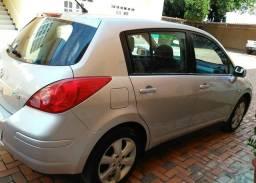 Nissan Tiida 1.8S flex. 11/12 53mil km - 2012
