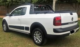 Saveiro Cross 1.6 - Cabine Estendida - Banco de Couro - 4 pneus novos - Top - 2015