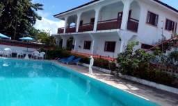 Casa de praia com piscina e 5 quartos em Maria Farinha - Leia anuncio completo