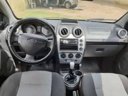 Fiesta sedan 1.6 SE 2014 completo