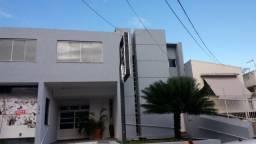 Prédio no bairro São José, n° 171.