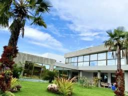 Casa no condomínio laguna com 5 suítes e muita natureza integrada