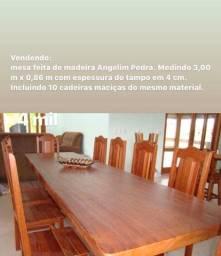 Mesa de madeira Angelim