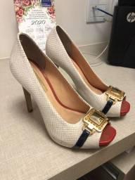 3 pares de sapatos Jorge Bischof 35
