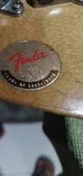 Guitarra Strato squier fender