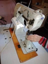 Máquina de Costura Industrial, mod. AF8.2 marca Atilio Forte Forte