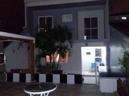 Sobrado em Curitiba Troco casa nas praias/Chácaras
