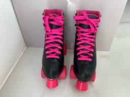 Patins quad rosa e preto tamanho 36