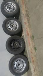Pneus e rodas aro 13