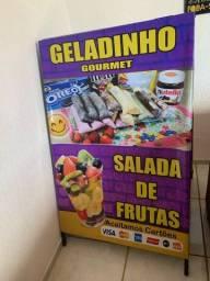 Cavalete Geladinho gourmet e Salada de frutas