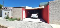 Casa térrea no condomínio Santo Antônio - Venda