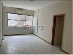 Apartamento para alugar com 3 dormitórios em Leblon, Rio de janeiro cod:LAAP33960