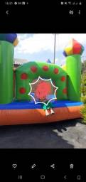 Castelo inflável
