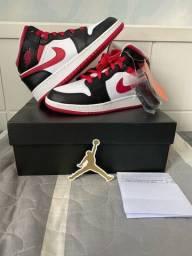 Título do anúncio: Air Jordan 1 Mid Verry Berry 36