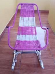 Cadeira de balanço infantil novinha