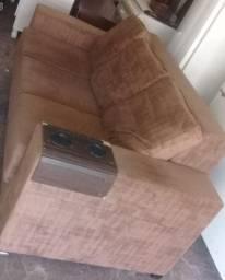 sofá retrátil 2.10 mt de comprimento, madeiramento reforçado *Semi-Novo<br>