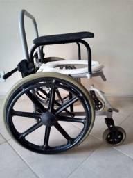 Vendo cadeira de rodas e outras órteses