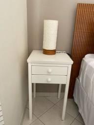 Título do anúncio: Mesa de cabeceira branca com duas gavetas