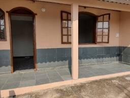 Título do anúncio: Aluga-se casa germinada de 2 quartos R$850,00, Bairro Paulo VI