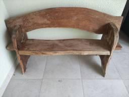 Título do anúncio: Vendo par de bancos de madeira rústica