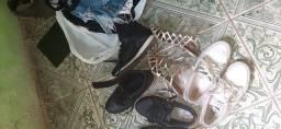 Roupas usadas E calçados