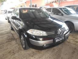Renault Megane Sedan Dynamique 1.6 16v 4P