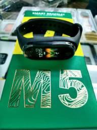 Relógio digital inteligente m5 atende ligação frete grátis**
