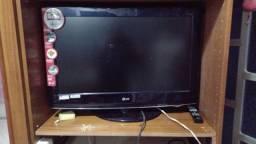 Vendo TV LG de LED 32 polegadas valor R$-550,00