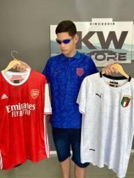 2 camisetas de time por 135,00