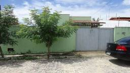 Casa com 3/4 em Cajupiranga