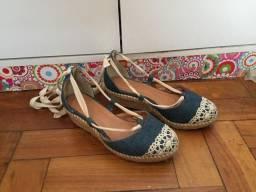 Sandália tamanho 36