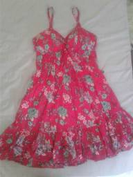 Vestido lindo para a primavera