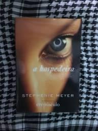 Livro: A Hospedeira