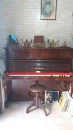 Piano Fritz Dobbert usado