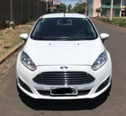 New Fiesta Hatch 1.6 Aut TITANIUM - 2014