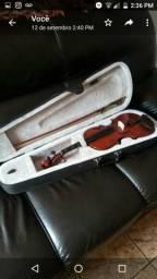 Violino tres meses d uso