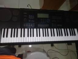Teclado Casio CTK6200 900 reais