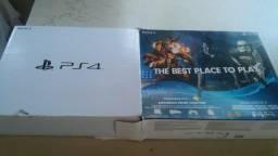 PS4 pouco uso