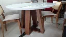 Mesa madeira redonda com tampo laqueado branco +4 cadeiras cm telinhas