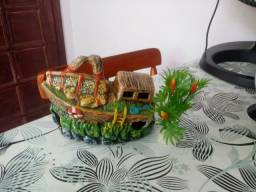 Barco e planta pra aquario