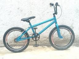 Bicicleta BMX Cross Aro 20