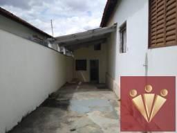 Casa com 2 dormitórios para locação por R$ 800 - Vila Paraíso - Mogi Guacu/SP