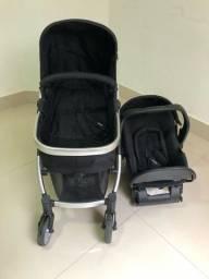 Carrinho de bebê, bebe conforto e base.