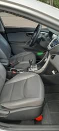 Elantra GLS 1.8,automático, gasolina 2012