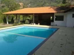 Alugo sítio em Azurita distrito de Mateus Leme a 60Km de Belo Horizonte