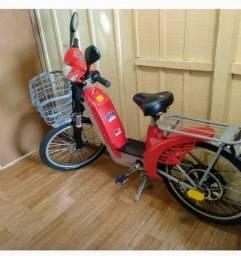 Vende-se bicicleta elétrica