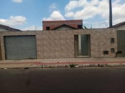 Vendo casa com um prédio dois andares bairro Planalto Linhares