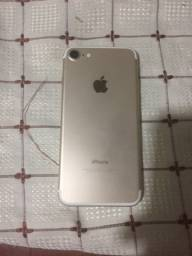 IPhone 7, 32gb dourado