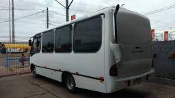 Microônibus neo bus ano 2004